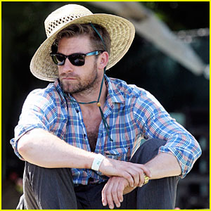 Scott Speedman is Coachella Keen