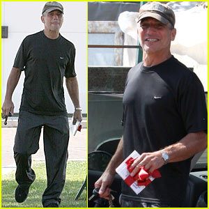 Tony Danza Has A Small Package