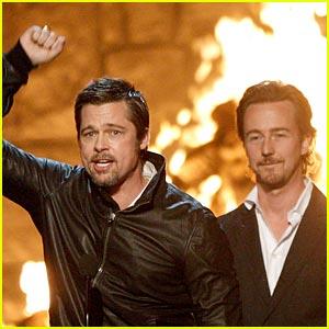 Brad Pitt Wins Guys Choice Award