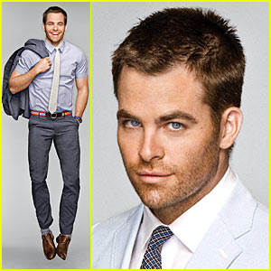 Chris Pine is Summer Suit Sexy