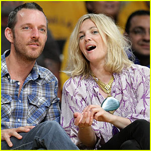 Drew Barrymore is Lakers Lovely