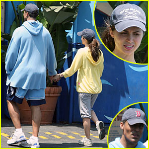 Eliza Dushku & Rick Fox: Car Wash Waiting