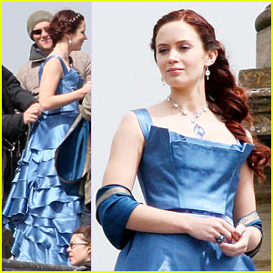 Emily Blunt Treks Through Gulliver's Travels