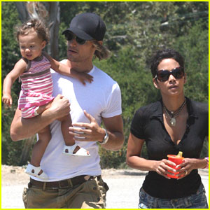 Halle Berry & Gabriel Aubry: Family Fair