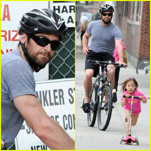 Hugh Jackman: Dashing Daughter