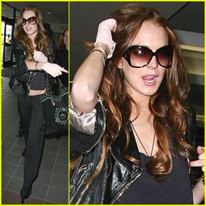 Lindsay Lohan Fires The Finger