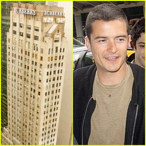 Orlando Bloom To Descend On Burberry Building