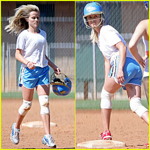 Reese Witherspoon Shows Off Softball Skillz