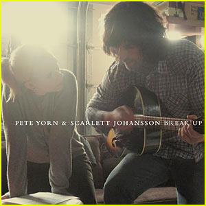Scarlett Johansson Breaks Up With Pete Yorn