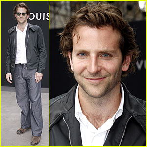 Bradley Cooper: Jennifer Aniston Is Just A Friend