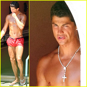 Cristiano Ronaldo Shows Off Shirtless