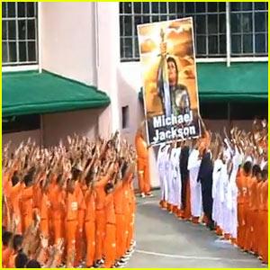 Filipino Prisoners Pay Michael Jackson Tribute