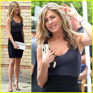 Jennifer Aniston: Bounty Hunter Hottie