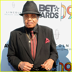 Michael Jackson's Father Talks Record Label At BET Awards