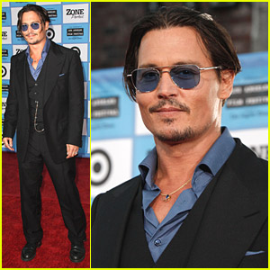 Johnny Depp Premieres Public Enemies