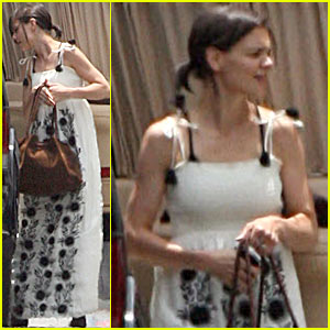 Katie Holmes Spotted At CBS Studios -- Literally!