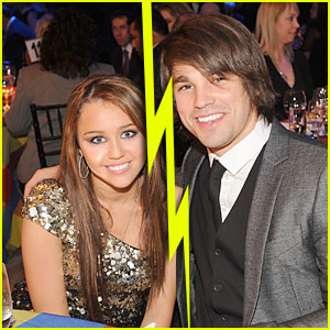 When did miley cyrus start dating justin gaston