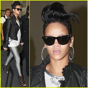 Rihanna is Silver Leggings Lovely