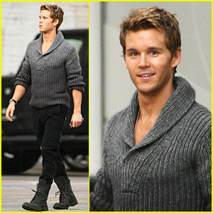 Ryan Kwanten is GQ Gorgeous