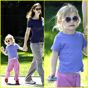 Violet Affleck is Sunglasses Sweet
