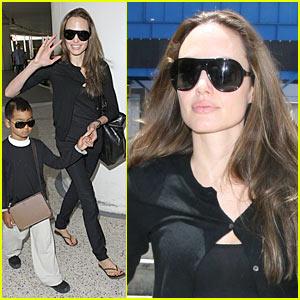 Angelina Jolie: Gucci Gucci Goo!