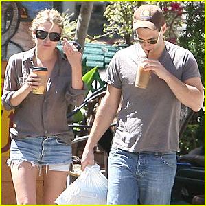 Justin Bartha Boyfriend Ashley Olsen & Jus...