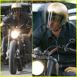 Brad Pitt is a Motorcycle Master