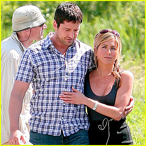 Gerard Butler & Jennifer Aniston: Just Friends!