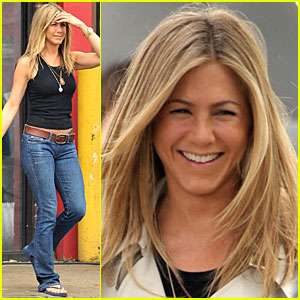 Jennifer Aniston Smiles Silly
