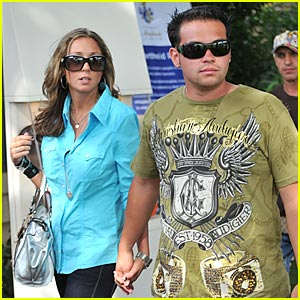 Jon Gosselin & Girlfriend Hit St. Tropez