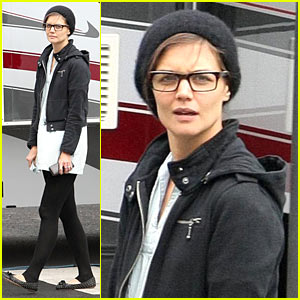 Katie Holmes: Don't Be Afraid Of The Dark!