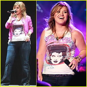 Kelly Clarkson: Orange You Glad I'm Back?