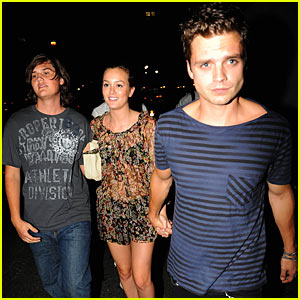 Leighton Meester Hits Katy Perry Concert