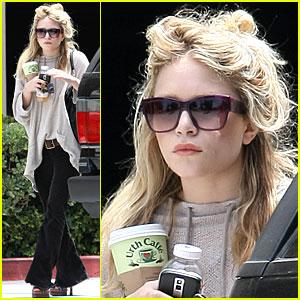 Mary-Kate Olsen Rocks Pretty Platforms