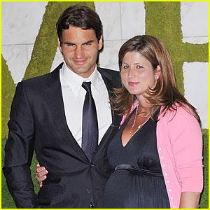 Roger Federer: Twin Girls!