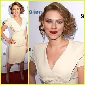 Scarlett Johansson Wears L.A. Shorts