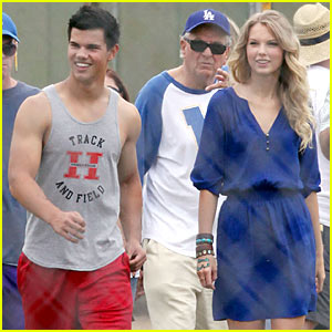 Taylor Swift & Taylor Lautner: Valentine's Day Date!
