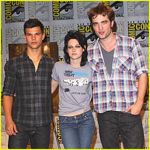 Twilight Cast Hits Comic-Con Convention