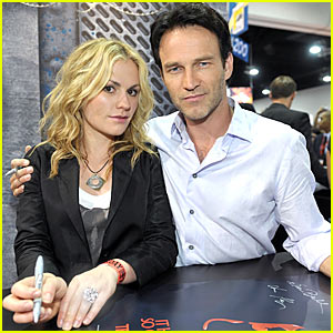 Anna Paquin Engaged To Stephen Moyer