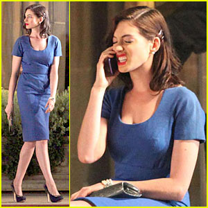 Anne Hathaway Preps For Valentine S Day Anne Hathaway Topher