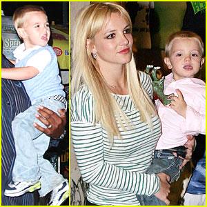 Britney Spears: Trek to Shrek!