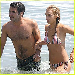 Jessica Alba: Malibu Beach Bikini Babe