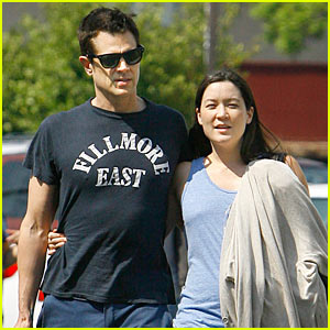 Johnny Knoxville Confirms Girlfriend's Pregnancy