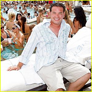 Jon Gosselin: Pool Party Success!