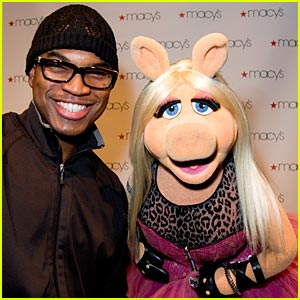 Missy Piggy & Ne-Yo: Duet In The Works?