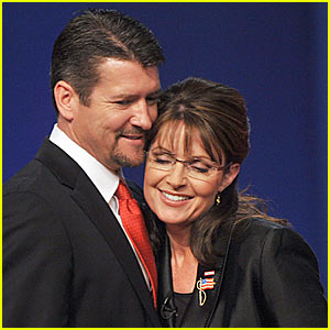 Sarah Palin Denies Divorce Rumors