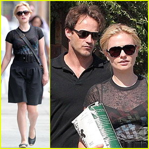 Stephen Moyer & Anna Paquin Carry Coffee Beans