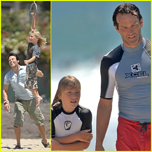 Stephen Moyer is Beach Buff