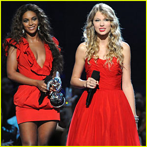 Beyonce Wins VMAs Video of the Year, Gives Taylor Swift Her Moment