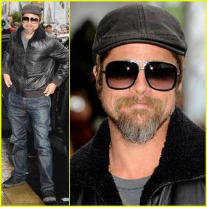 Brad Pitt is San Sebastian Sexy